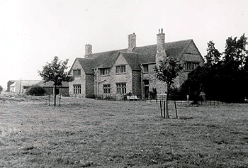 Manor Farm 1960 [Z49/66c]